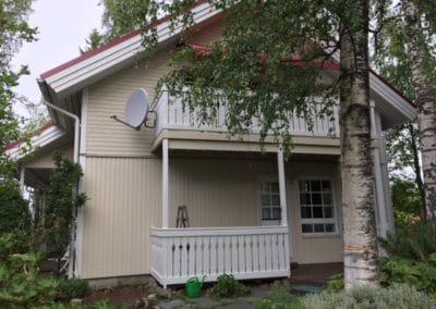 Julkisivujen maalaus ja parvekkeiden rakentaminen, Espoo